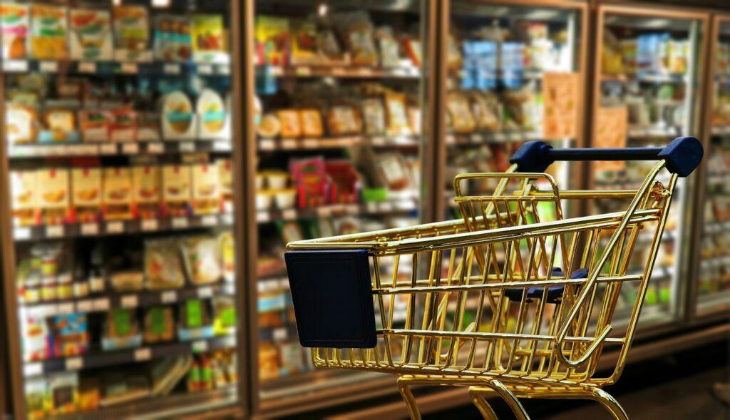 Foto di Alexandra da Pixabay - Carrello della spesa